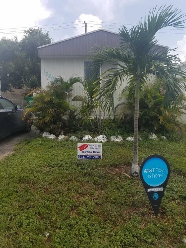 Mobile Home at 13201 SW 4th Court, Davie, FL