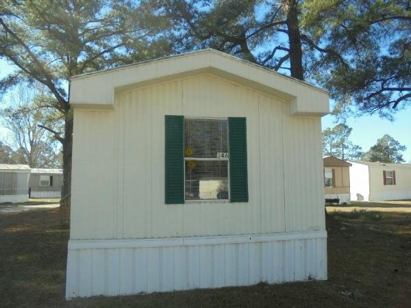 Mobile Home at 34A Somerset Dr, Sumter, SC