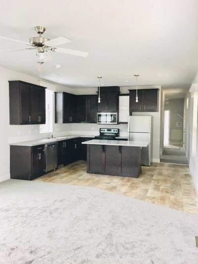 Mobile Home at 11600 Sw Royal Villa Dr, Lot 43 Tigard, OR 97224