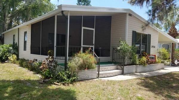 Mobile Home at 2926 Hillcrest Drive, Sarasota, FL