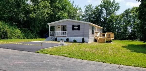 Mobile Home at 65 Erin Dr, Plainfield, CT