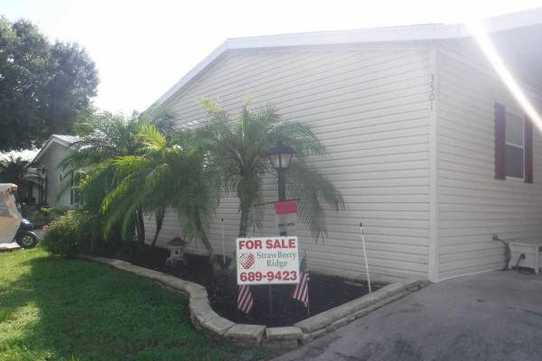 Mobile Home at 3501 Engineer Drive, Valrico, FL