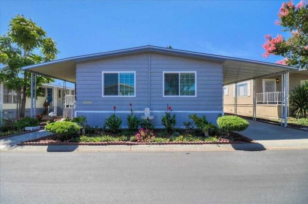 Mobile Home at 972 Fall River Dr. , Hayward, CA