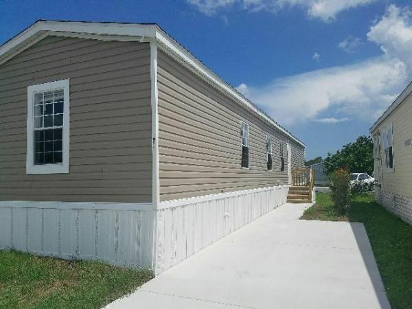 Mobile Home at 220 North Four Seasons, Palm Beach Gardens, FL