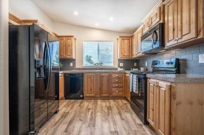 Mobile Home at 2622 Falcon Ave. #16 White City, OR 97503