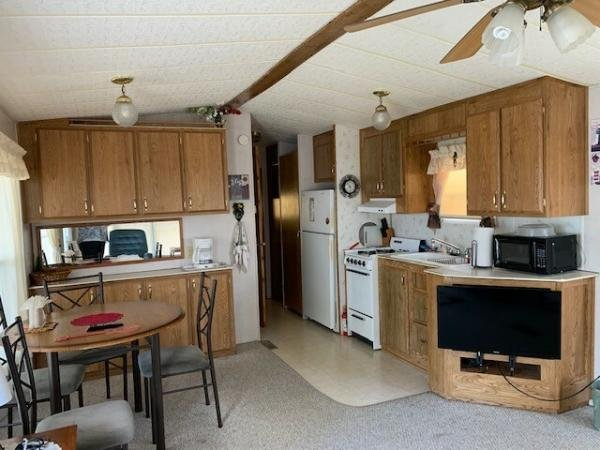 2001  Mobile Home For Sale
