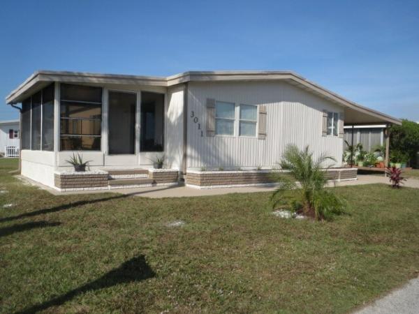 Mobile Home at 3011 Lamplighter Drive, Sarasota, FL