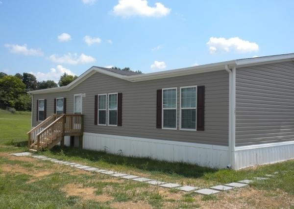 Mobile Home at 121 Oxford Way, Charles Town, WV