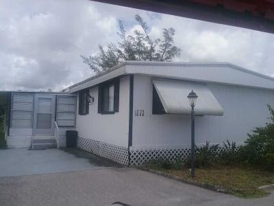 Mobile Home at 1238 Orchid Court Naples, FL 34110