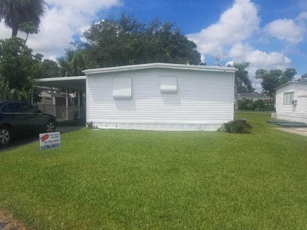 Mobile Home at 2970 SW 52nd Avenue, Davie, FL