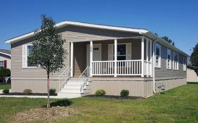 Mobile Home at 229 Pin Oak Circle Elyria, OH