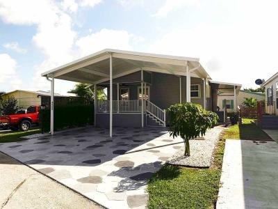 Mobile Home at 4666 Merle PL Lake Worth, FL