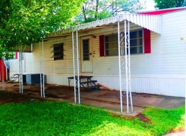 Mobile Home at 5315 Lewis Ave Lot 35, Toledo, OH