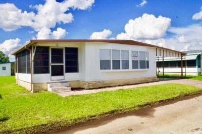 Mobile Home at 1510 Ariana Street Lot 225 Lakeland, FL 33803
