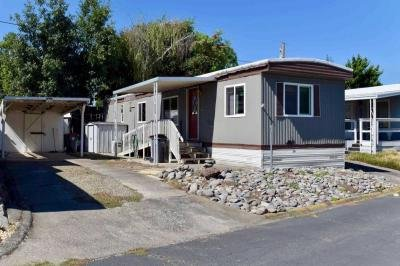 Mobile Home at 4069 S Pacific Hwy Medford, OR 97501