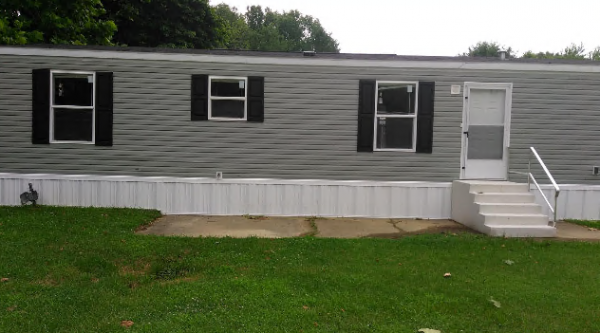 Mobile Home at 8409 Carlsbad Dr. , Evansville, IN