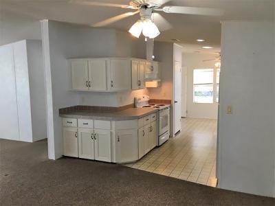 Mobile Home at 4307 Dancey Dr Wimauma, FL