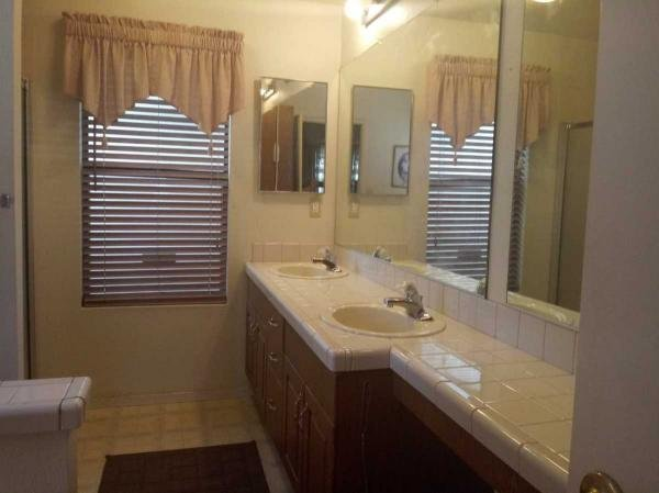 1989 Roberts HM Mobile Home For Sale