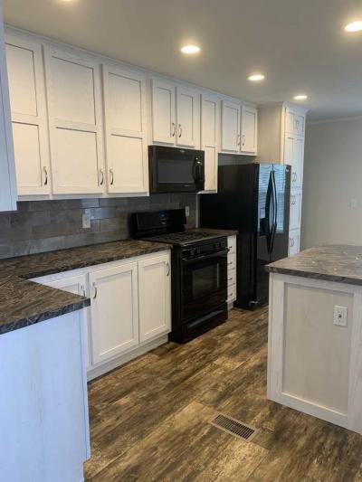 Mobile Home at 428 Flamingo Rochester Hills, MI 48309