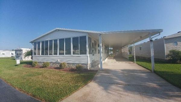 Mobile Home at 413 Harmony Lane, Frostproof, FL