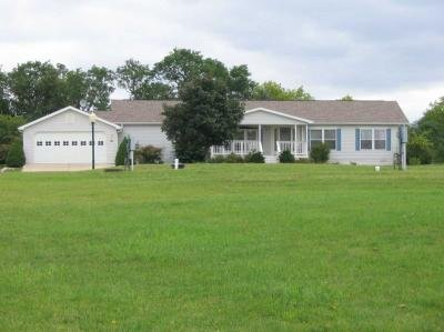 Mobile Home at 1563 Larkmore Ln Grass Lake, MI