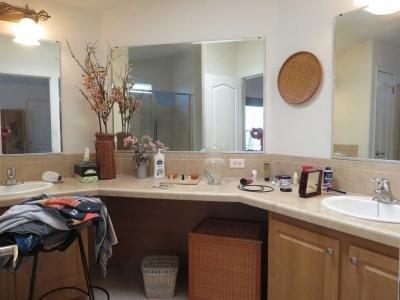 Master Bathroom / Very spacious