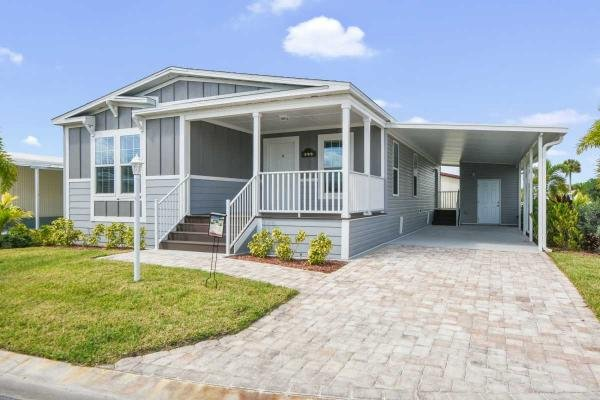 Mobile Home at 398 Wentworth Ct, Melbourne, FL