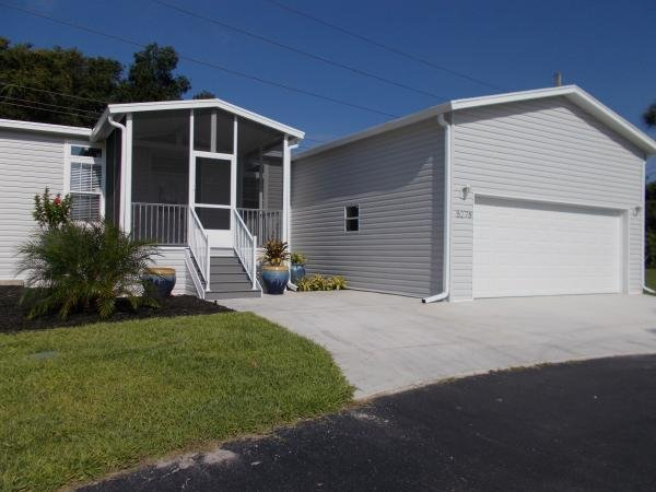 Mobile Home at 5278 Wellfleet Dr W Lot 344, Sarasota, FL