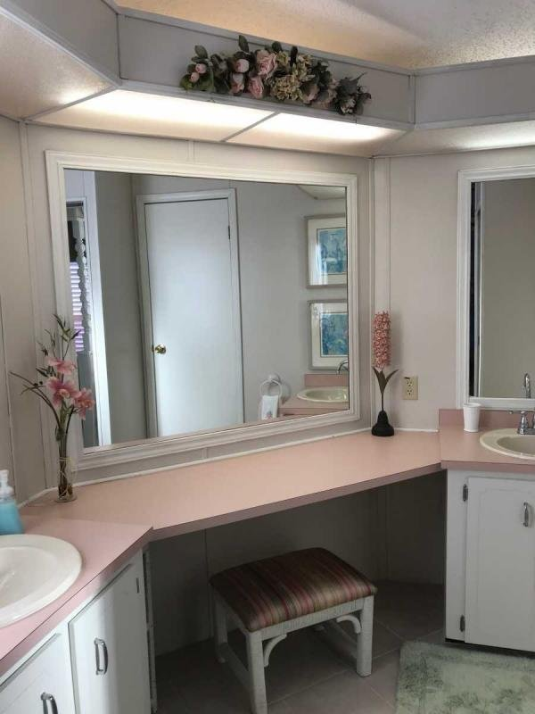Masterbath Dressing Room