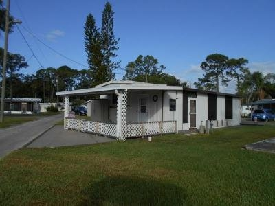 Mobile Home at 10404 Hwy 27, Lot#c-7 Frostproof, FL 33843