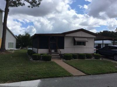 Mobile Home at 1026 Lakeshore Drive Wildwood, FL 34785