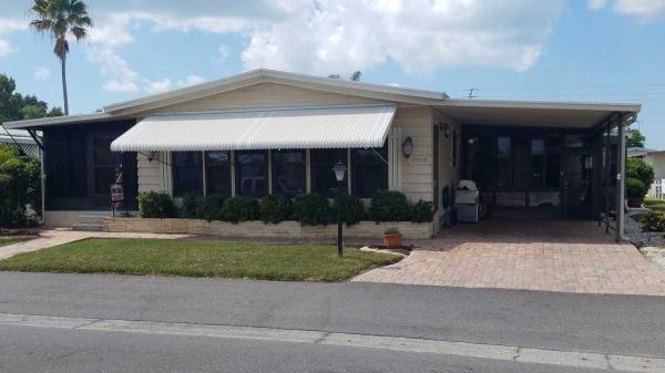 Mobile Home at 2929 Lamplighter Drive, Sarasota, FL