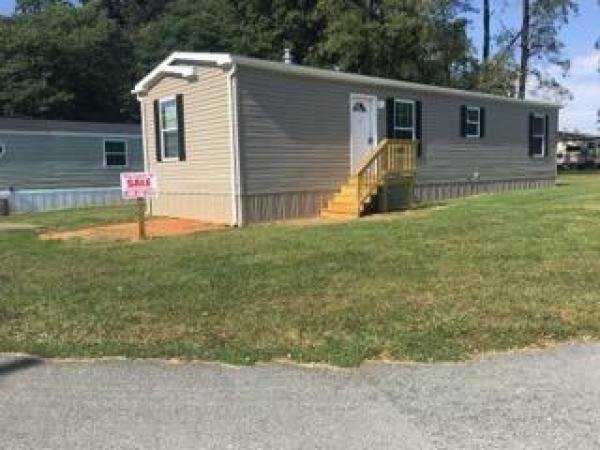 Mobile Home at 2 Locust Lane, Airville, PA