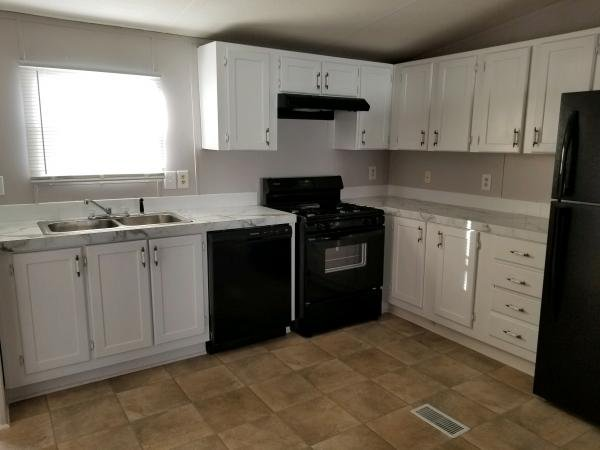 2001 CLAYTON Mobile Home For Sale