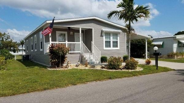 Mobile Home at 4937 Windmill Manor Avenue, Bradenton, FL
