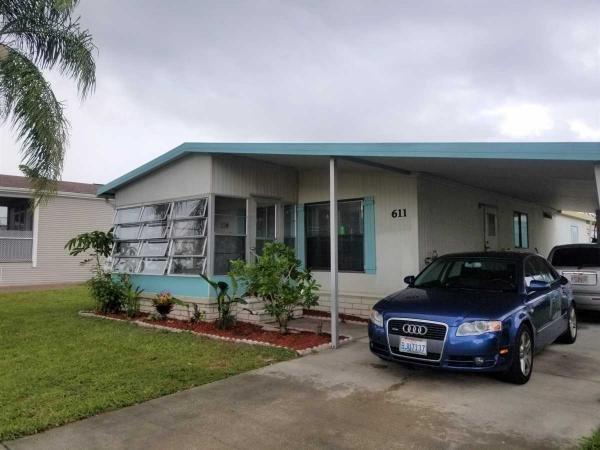 Mobile Home at 8775 20th st. lot 611, Vero Beach, FL