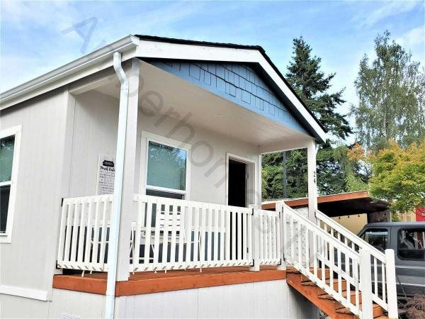 Mobile Home at 14322 Admiralty Way, Lynnwood, WA