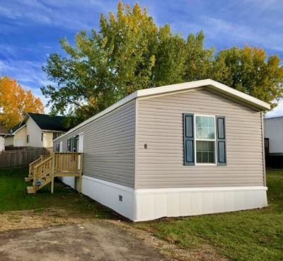 Mobile Home at 1500 18th Street SW, 8 Minot, ND 58701