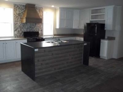 Mobile Home at 25290 Frontier Circle Flat Rock, MI 48134