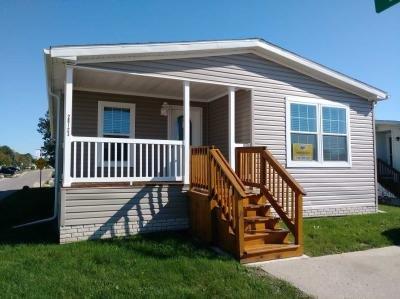 Mobile Home at 26123 East Cherokee Flat Rock, MI 48134