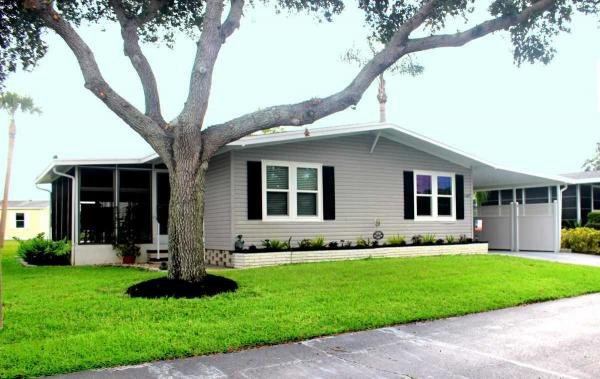 Mobile Home at 5667 Axminster Dr, Sarasota, FL