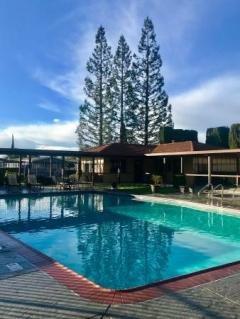 Photo 4 of 6 of home located at 73 Clipper Lane Modesto, CA 95356