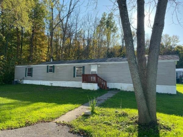 Mobile Home at 6908 Landsend Lane, Liverpool, NY
