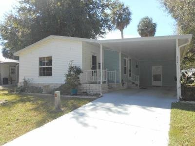 Mobile Home at 35147 Watersedge Dr Fruitland Park, FL 34731