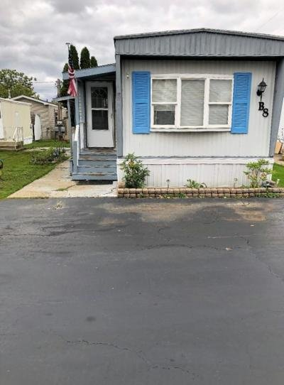 Mobile Home at 3473 South Park B8 Blasdell, NY 14219