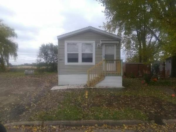 Mobile Home at 857 Macbeth Cr, Lakeville, MN