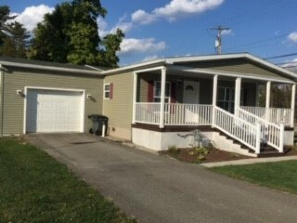 Mobile Home at 216 South Drive, Somerset, PA