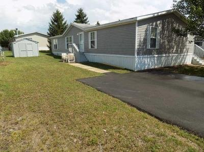 Mobile Home at 9210 Canyon Dr. Newport, MI 48166