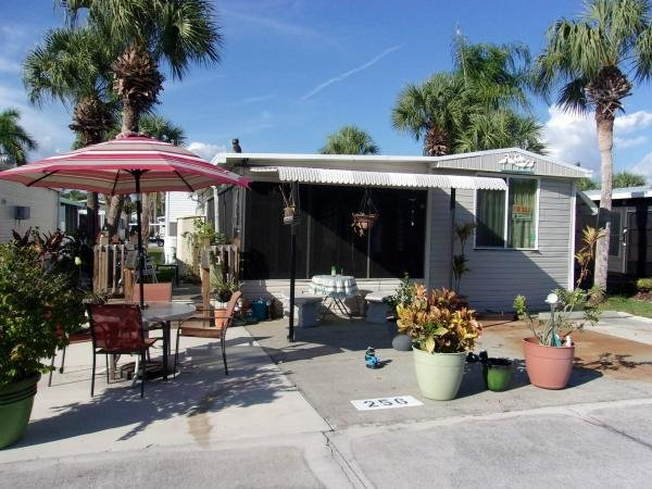 Mobile Home at 256 Cuarto, Fort Myers, FL