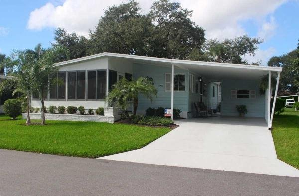 Mobile Home at 5412 Stonehaven Ln, Sarasota, FL
